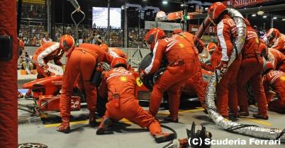 マクラーレンとフェラーリ、500万ドルを巡る攻防 thumbnail