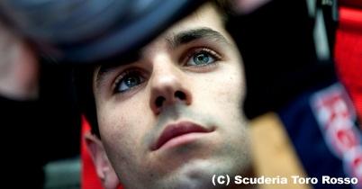 2010年F1、ルーキーのテストを許可へ thumbnail